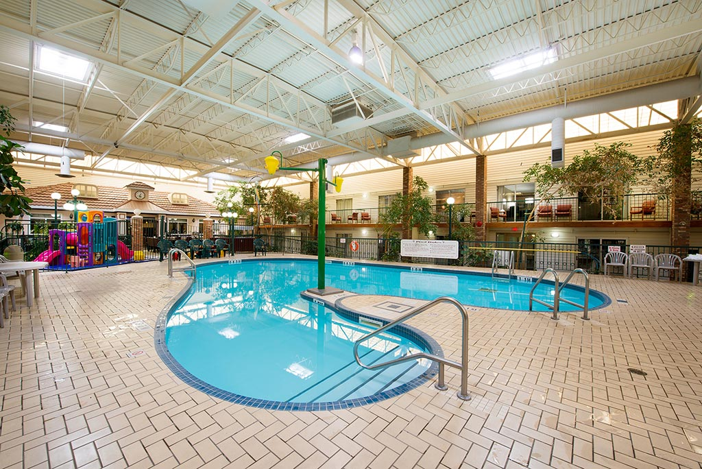 Indoor Pool Brandon Airport Hotel Victoria Inn